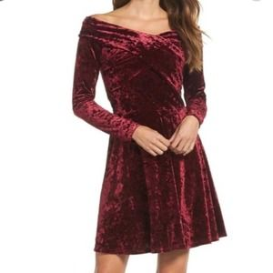 Chelsea 28 Crushed Velvet Off The Shoulder Dress L